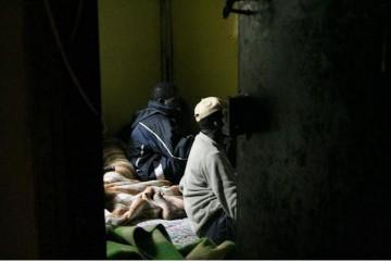 פליטים בבית ברחוב לבנדה