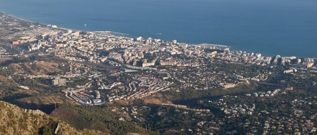 NEW Marbella_from_La_Concha,_Andalucia,_Spain_-_Sept_2009