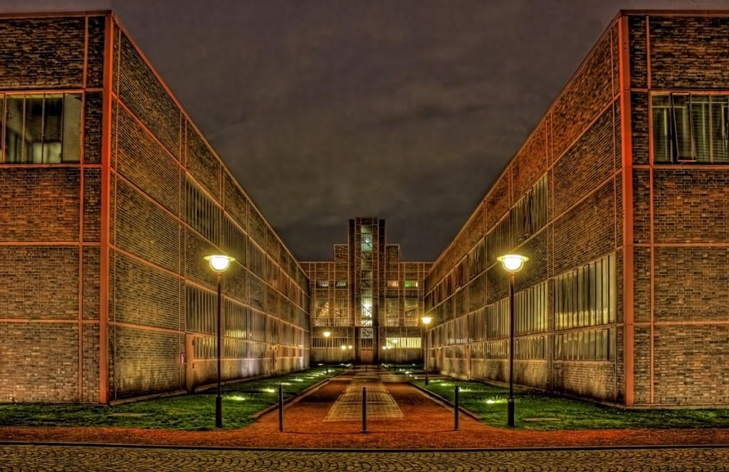 Zollverein מוזיאון למורשת התעשייתית (צילום: Daniel ,Mennerich Flickr.com)