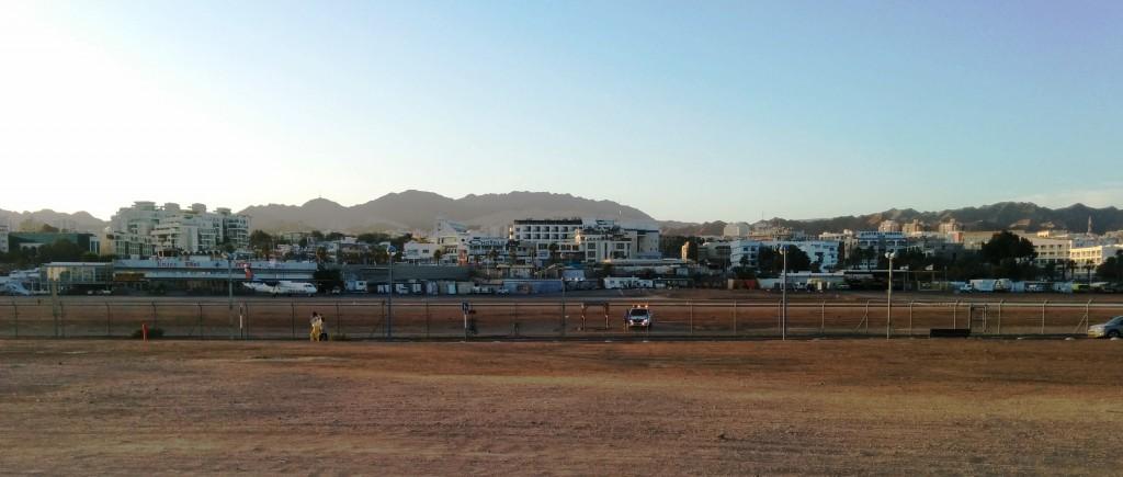בניית נמל התעופה הבינלאומי תפנה אזור יקר בלב העיר שוב שוכן שדה התעופה הנוכחי (צילום: המעבדה לעיצוב עירוני)