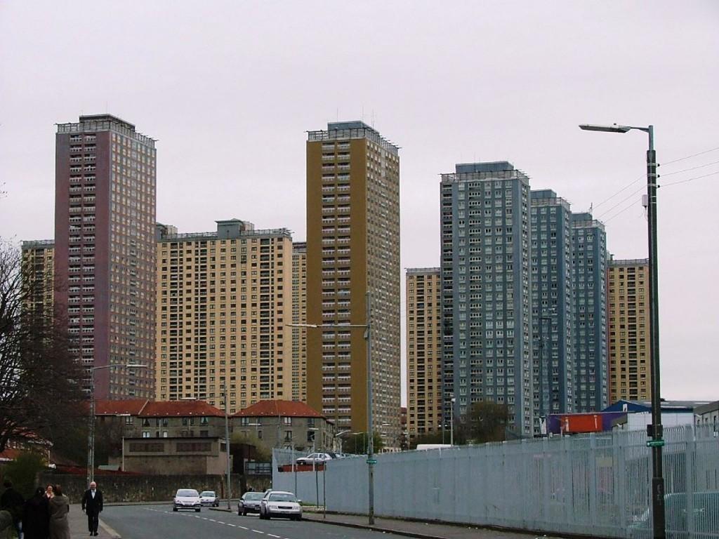 (צילום: Red Road, Balornock, Glasgow, Wikimedia)