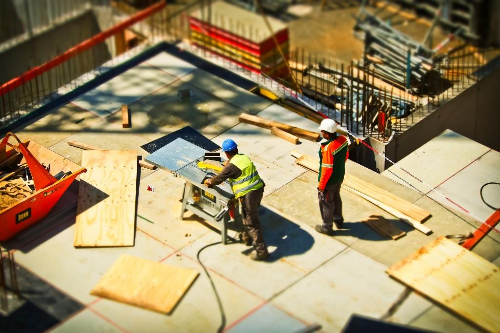 ארגון המהנדסים, האדריכלים אינם בעלי סמכות והשפעה על החלטות ממשלה, מינוי אנשי מקצוע, קידום ורישוי. האין זה הכרחי לתת לאנשי מקצוע את הכלים הסטטוטורים בכדי שישפיעו על קביעת הסטנדטרים והביצוע בתחום? (צילום: Pixabay)