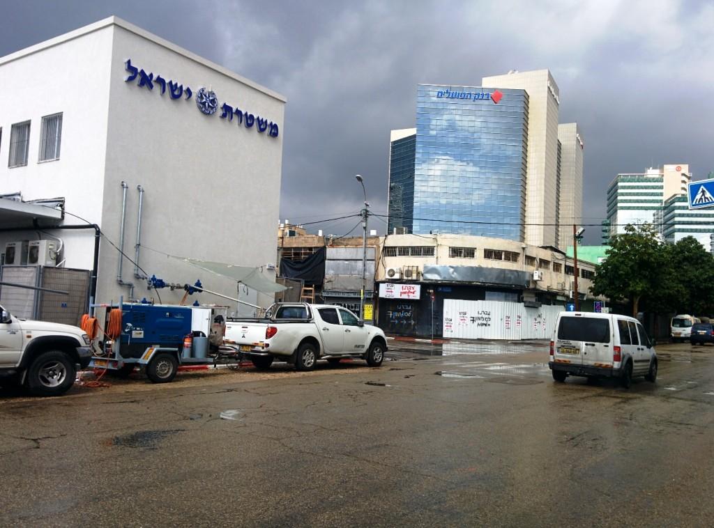 הקמת המשטרה ברחוב סולמון שהיה מעוז הזנות הובילה לסגירת של חלק מבתי זהנות שעברו לעת עתה כמה רחובות ליד (צילום: הדס צור)