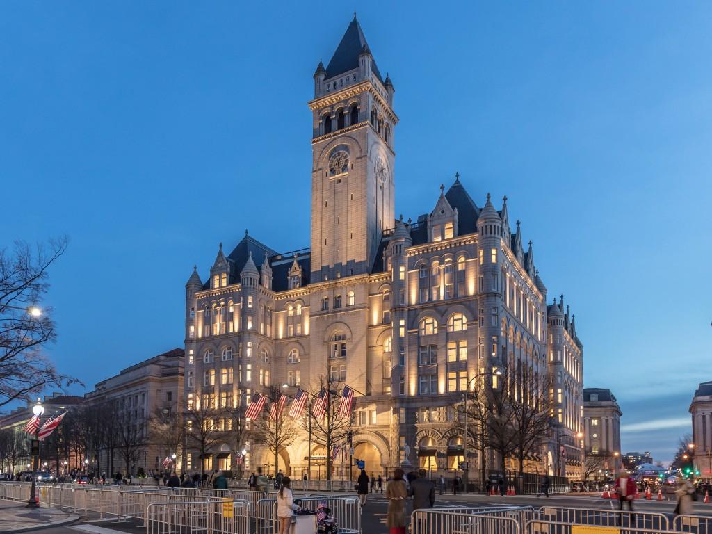 חזית המלון (צילום: James McNellis Flickr.com)Trump hotel
