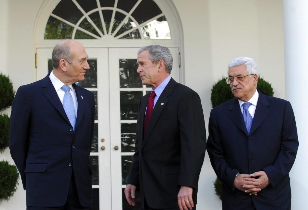בוש האב, אולמרט ואבו מאזן, ועידת אנאפוליס 2007, הועידה האחרונה (צילום: אבי אוחיון, ארכיון התצלומים הלאומי)