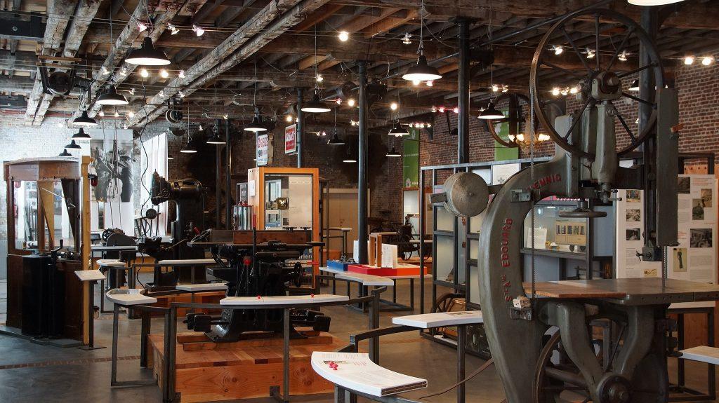 דוגמא מהעולם: מוזיאון תעשייה ועבודה בבריסל (צילום: NearEMPTiness, Wikimedia)