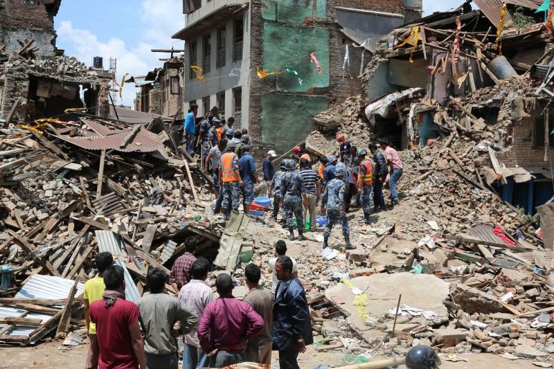 כיצד בעידן של סיכון ואי-ודאות עלינו לחשוב מחדש על עיצוב המרחב? רעידת האדמה בנפאל, השנה (מקור: Hilmi Hacaloğlu, Wikimedia Commons)