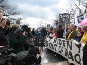 הפגנה בלונדון, בריטניה (צילום: טלי חתוקה)
