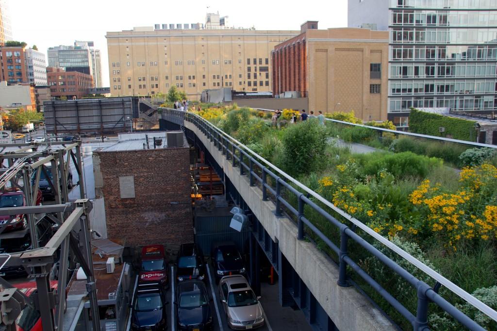 """""""יש פה פוטנציאל אדיר לשנות את התדמית של העיר"""". ההיי-ליין בניו יורק (צילום: Mike Peel (www.mikepeel.net),CC BY-SA 4.0 via Wikimedia Commons)"""