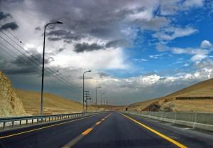 כבישים בגדה המערבית ( Bon Adrien Flicker.com,)