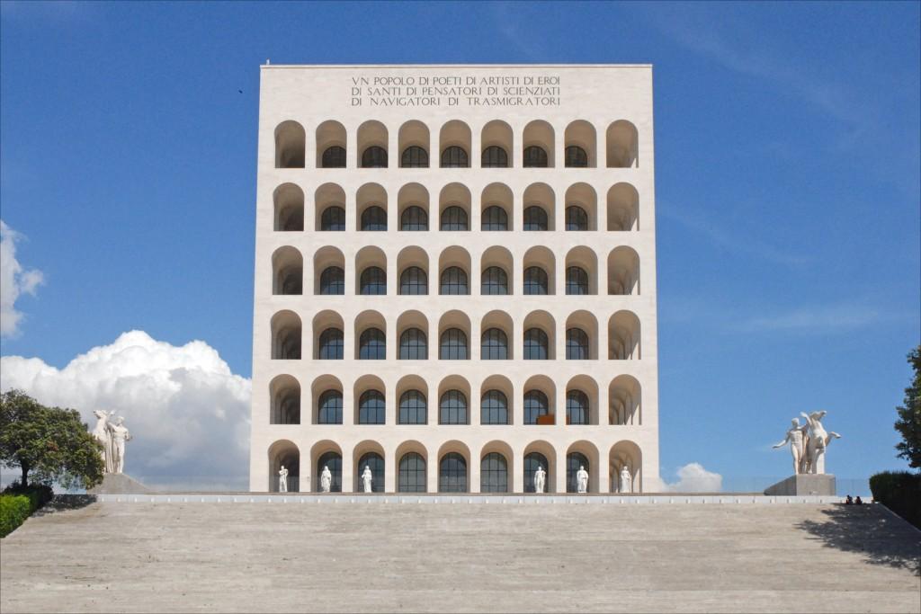Palazzo_della_civilt___del_lavoro_(EUR,_Rome)_(5904657870)