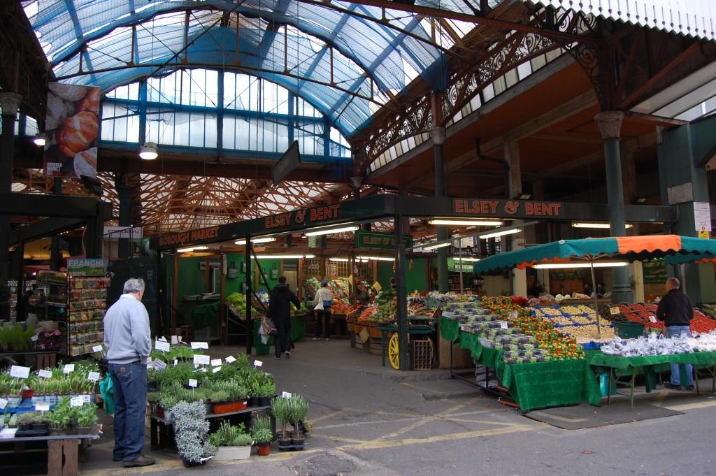 שוקים הפכו ברחבי העולם לאטראקציה תיירותית, Borough Market (צילום: Magnus D Flickr)